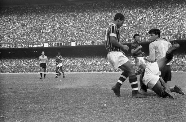 Rio de Janeiro (RJ) 15/12/1963. Futebol - RJ. Campeonato Carioca - 1963. II Turno. Foto de Arquivo / Agência O Globo. Negativo: 31818.